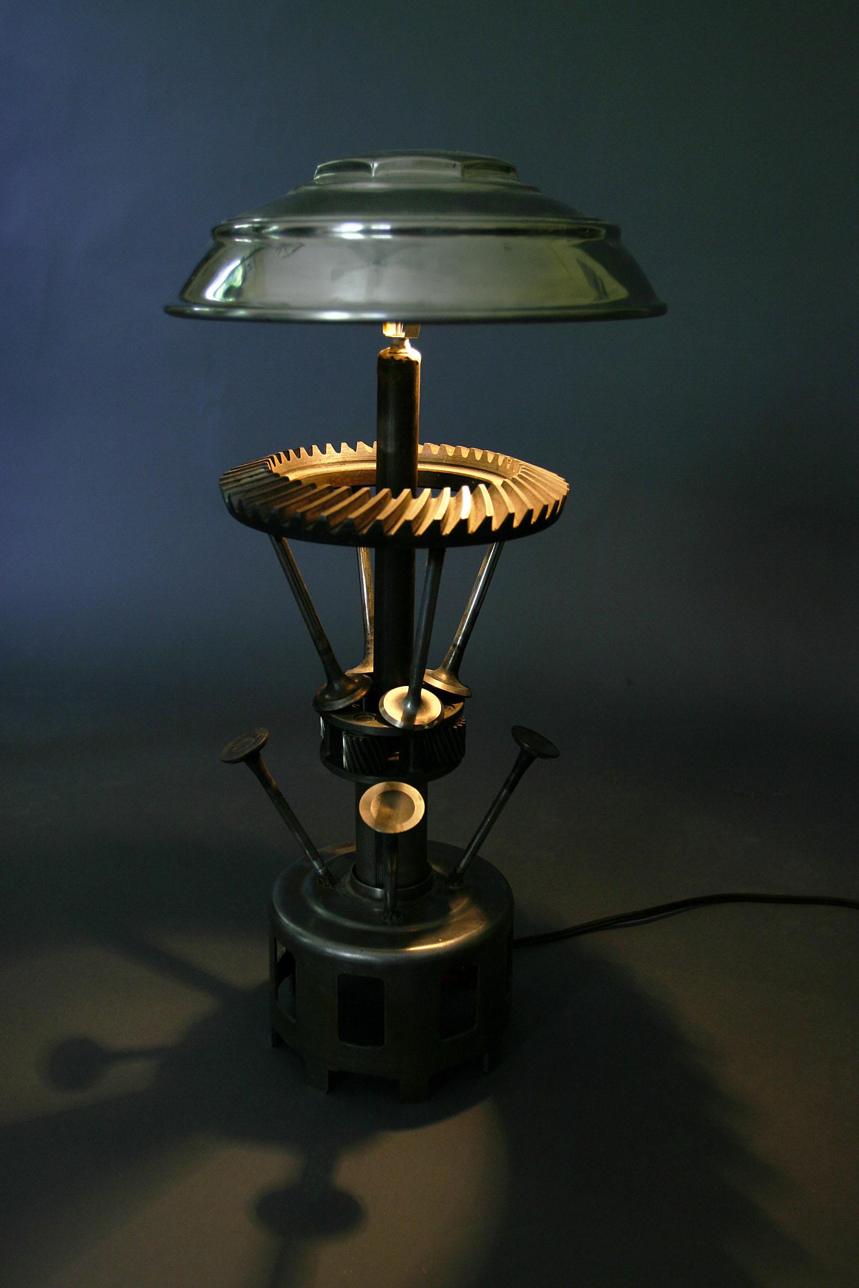 Lincoln Lamp