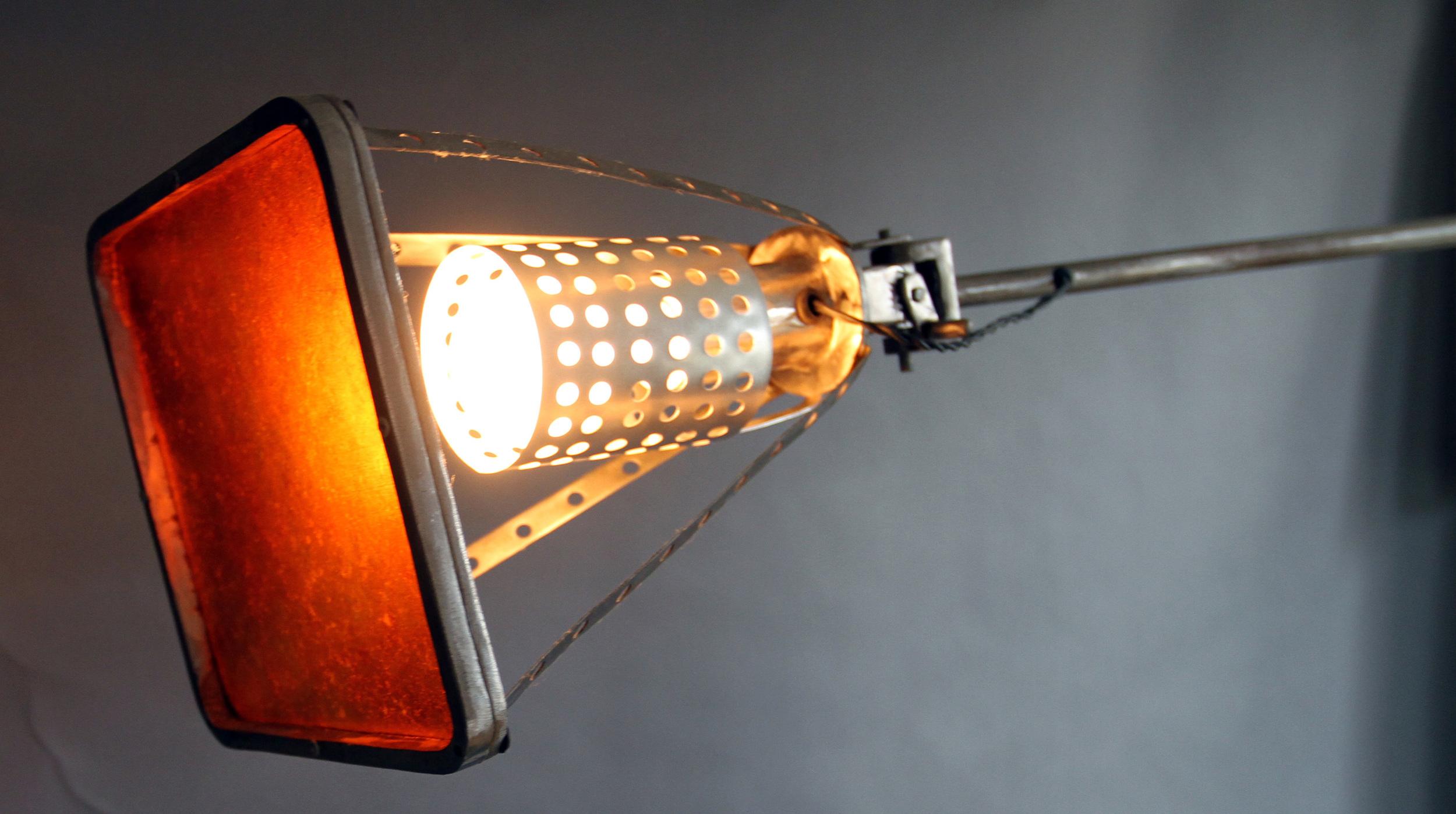 balance lamp detail.jpg