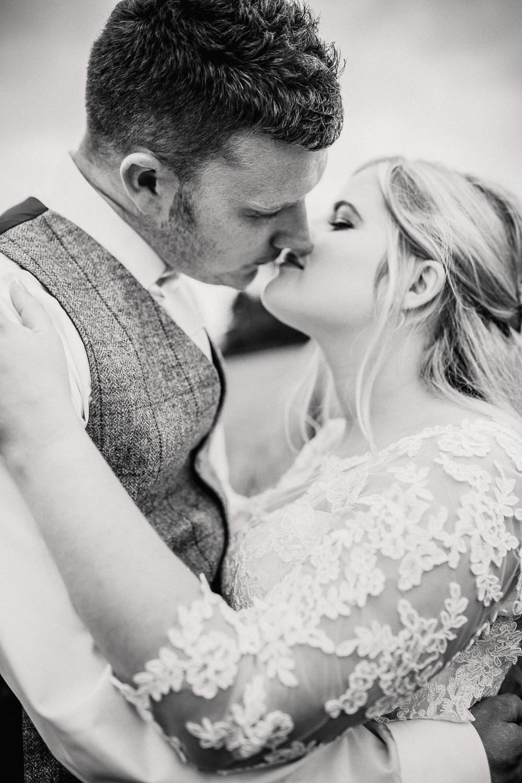DEVON_WEDDING_PHOTOGRAPHER-20.jpg