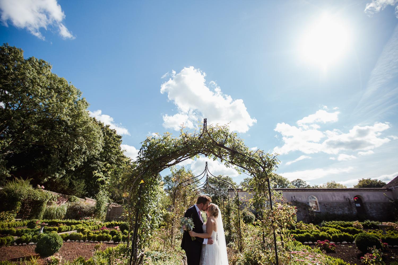 Backwell_House_Wedding_Photographer-28.jpg