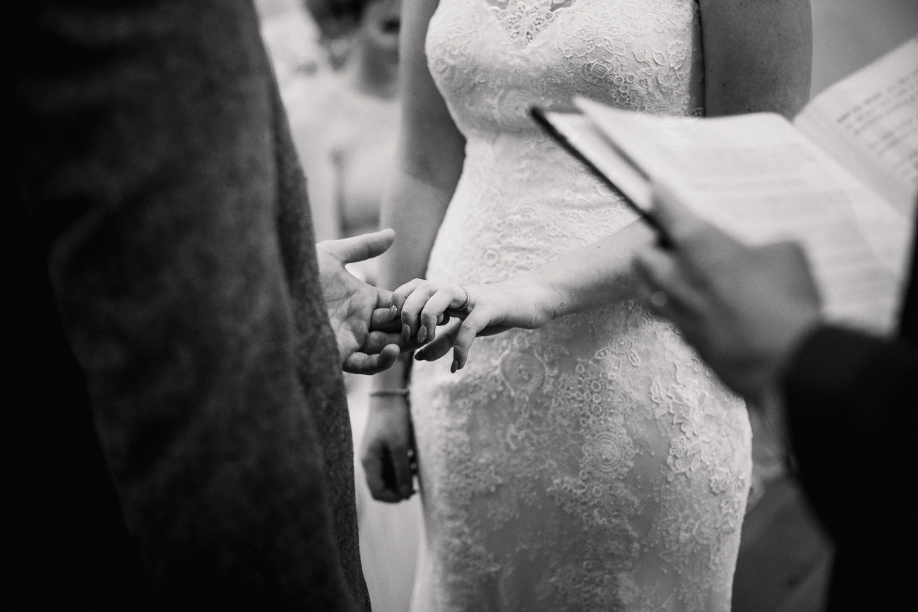 The_Green_Cornwall_Wedding_Photographer-7.jpg