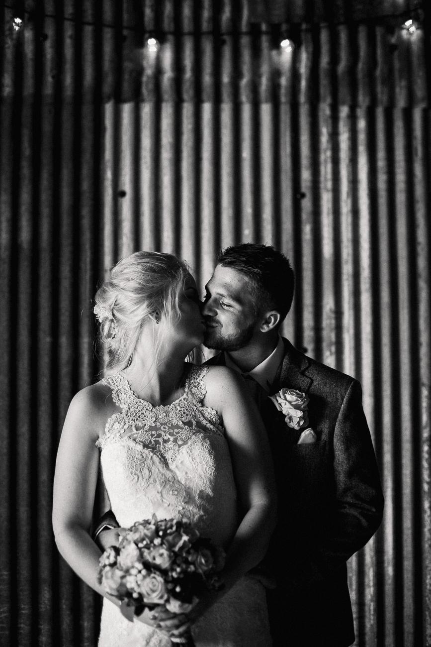 The_Green_Cornwall_Wedding_Photographer-21.jpg