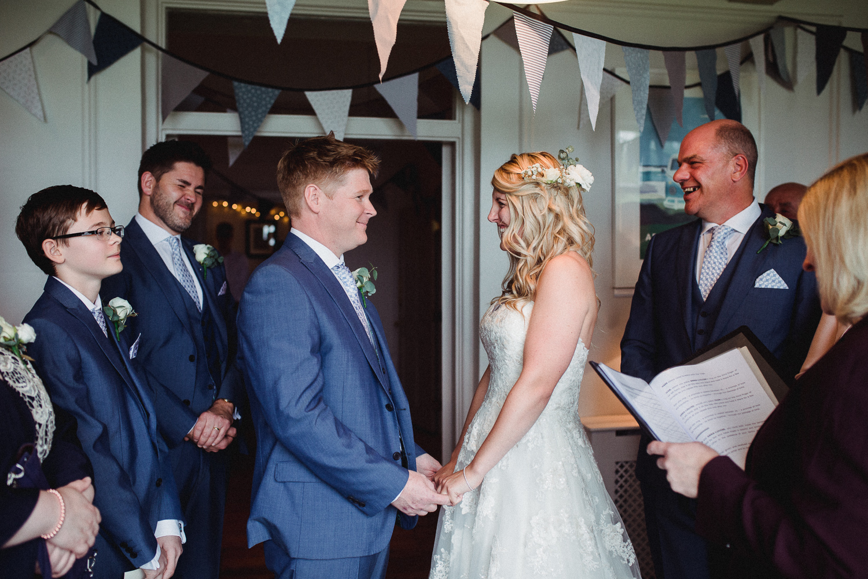 Cornwall_Wedding_Photographer-22.jpg