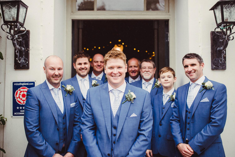 Cornwall_Wedding_Photographer-28.jpg