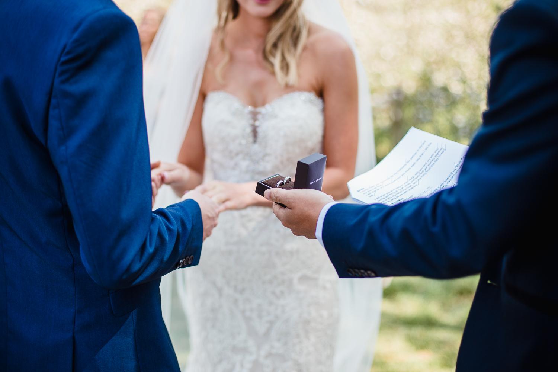 Heart_Shaped_Stone_Wedding_Photography-17.jpg