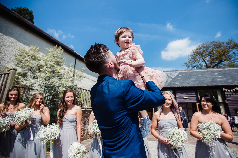 Heart_Shaped_Stone_Wedding_Photography-27.jpg