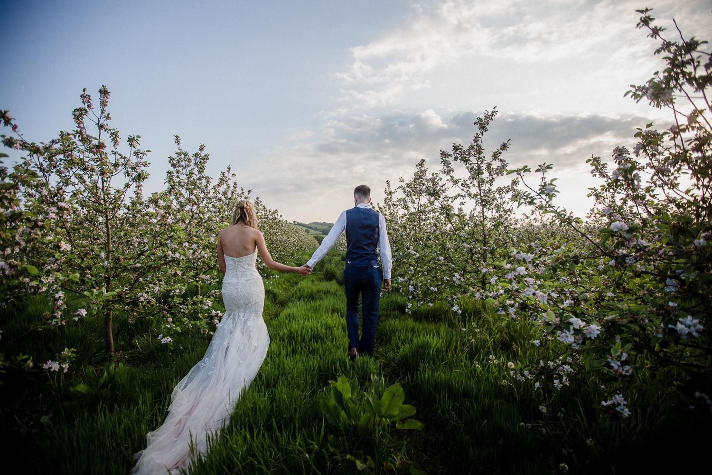 Heart_Shaped_Stone_Wedding_Photography-62.jpg