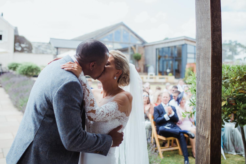 Upton_Barn_Wedding_Photographer_Devon-25.jpg