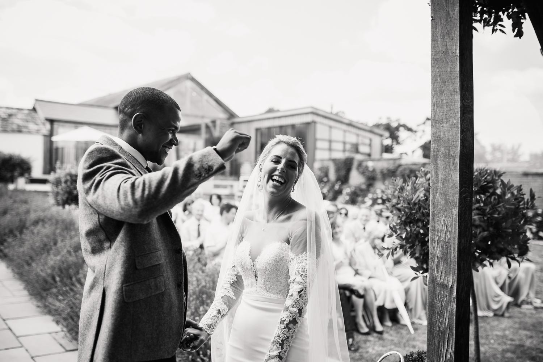 Upton_Barn_Wedding_Photographer_Devon-27.jpg