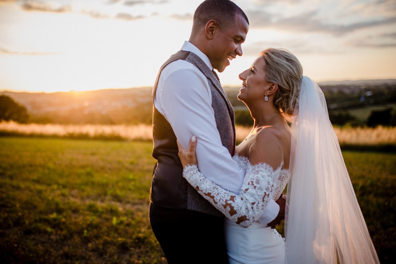 Upton_Barn_Wedding_Photographer_Devon-64.jpg