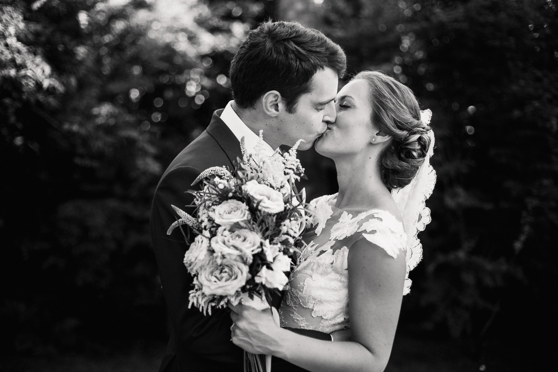 Devon_Wedding_Photographer-64.jpg