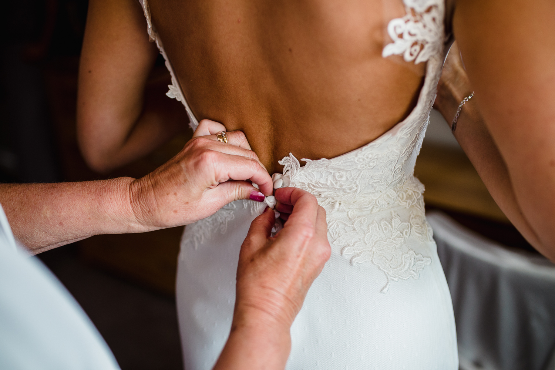 Highbullen__Hotel_Wedding_Photographer-26.jpg