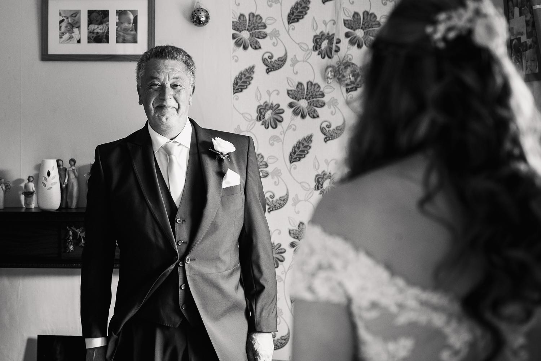 Kathryn_Clarke-Mcleod_Wedding_Photography-10.jpg