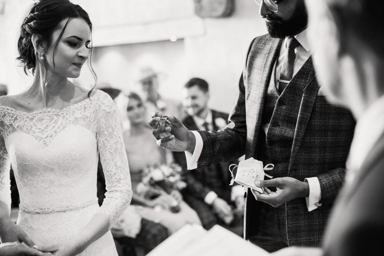 Devon_Wedding_Photographer (41 of 157).jpg