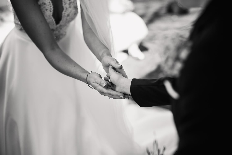 Kathryn_Clarke_Mcleod_Wedding_Photography_Devon-34.jpg