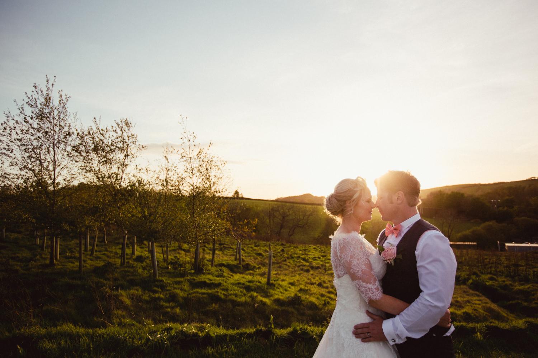 DEVON_WEDDING_PHOTOGRAPHER-84.jpg