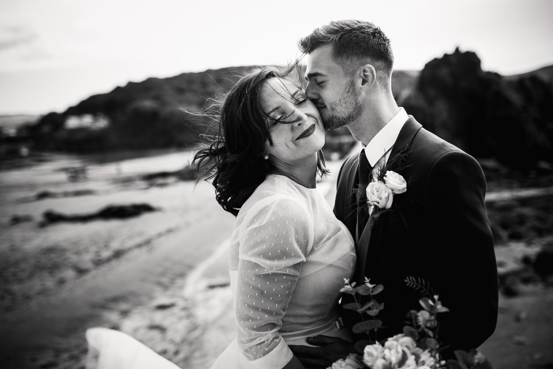 BEACH_VINTAGE_WEDDING_KATHRYN_CLARKE_MCLEOD-48.jpg