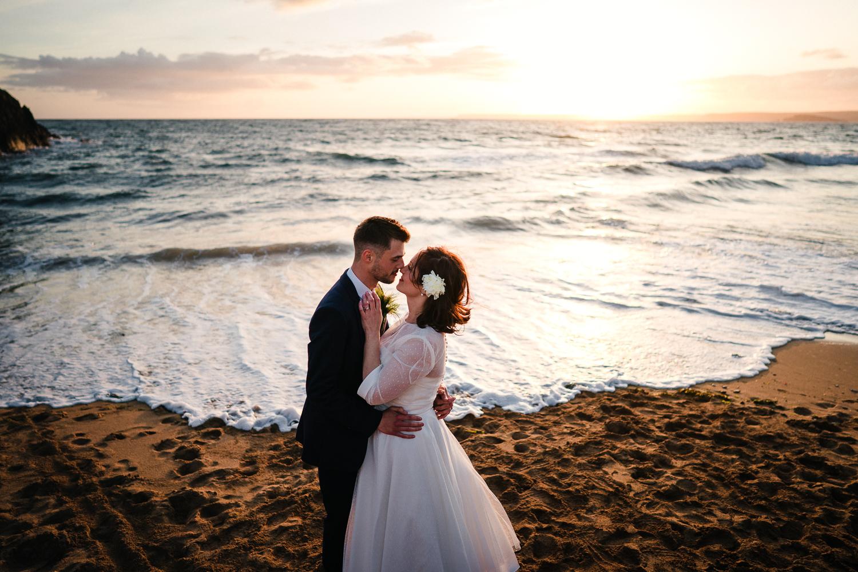 BEACH_VINTAGE_WEDDING_KATHRYN_CLARKE_MCLEOD-110.jpg