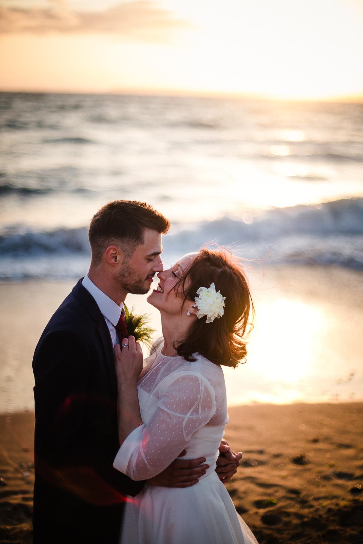 BEACH_VINTAGE_WEDDING_KATHRYN_CLARKE_MCLEOD-111.jpg