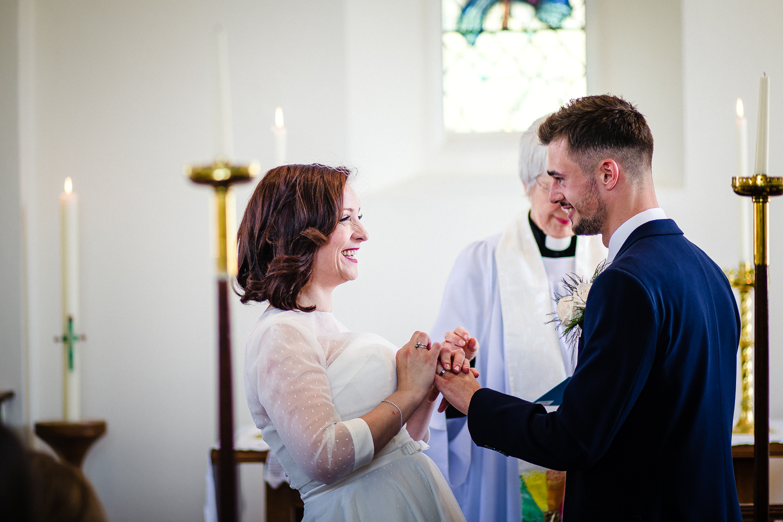 rep5BEACH_VINTAGE_WEDDING_KATHRYN_CLARKE_MCLEOD.jpg