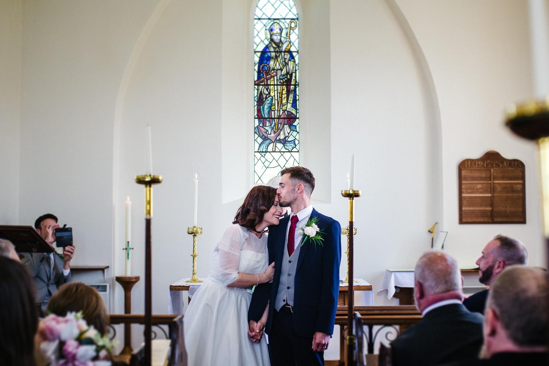 rep6BEACH_VINTAGE_WEDDING_KATHRYN_CLARKE_MCLEOD.jpg