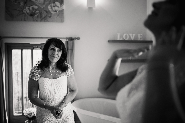 Kathryn Clarke Mcleod Wedding Photography-17.jpg
