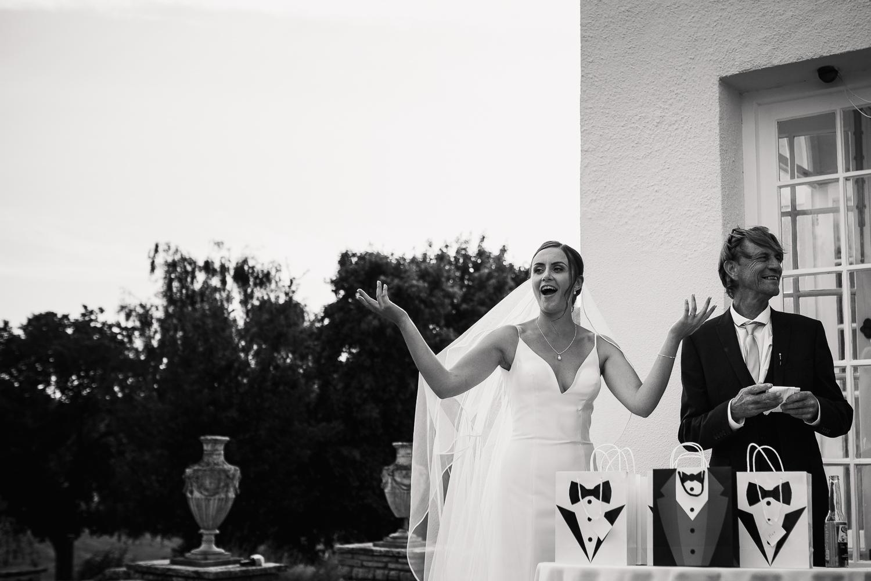 Rockbeare_Manor_Wedding_Photographer_Natural-48.jpg
