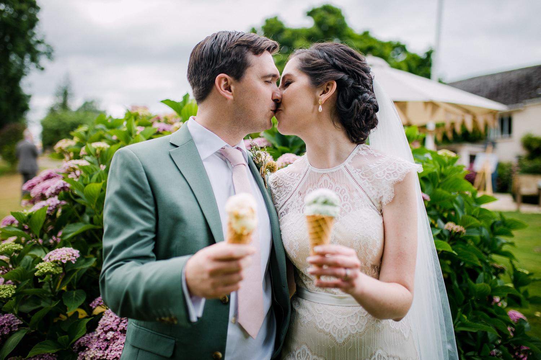 Upton Barn Wedding Photographer-51.jpg
