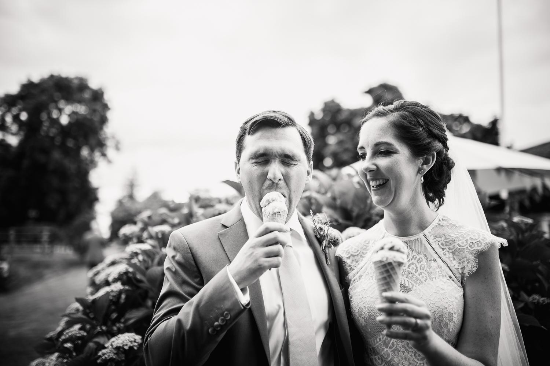 Upton Barn Wedding Photographer-52.jpg