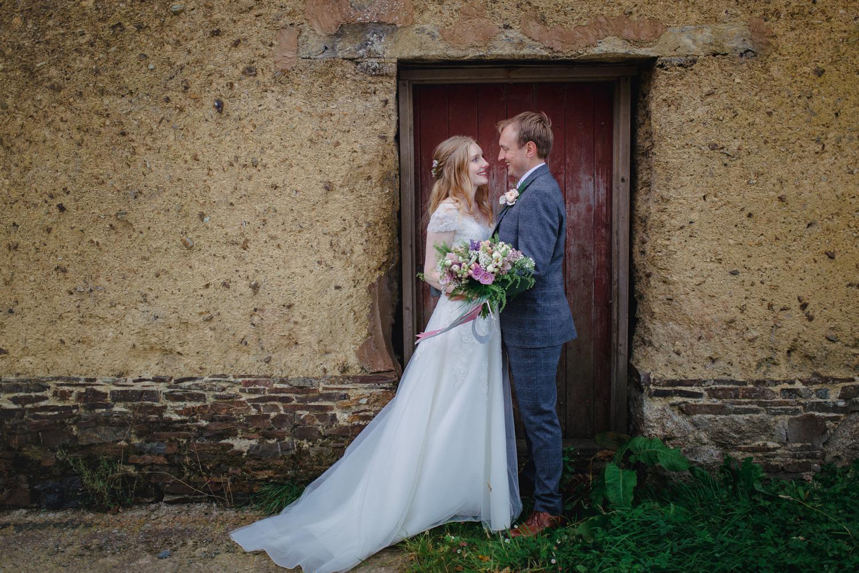 THE_OAK_BARN_DEVON_WEDDING_PHOTOGRAPHER-50.jpg