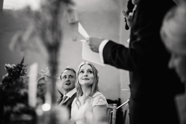 THE_OAK_BARN_DEVON_WEDDING_PHOTOGRAPHER-55.jpg