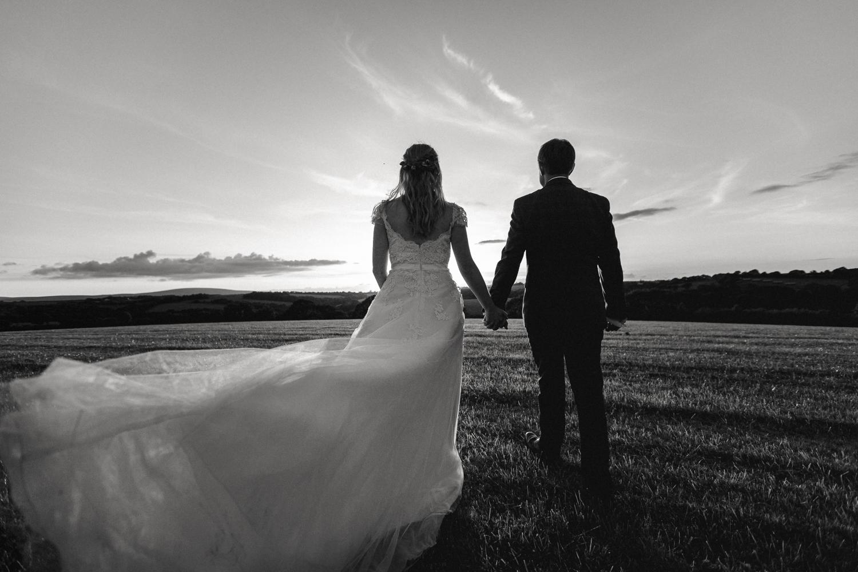 THE_OAK_BARN_DEVON_WEDDING_PHOTOGRAPHER-75.jpg