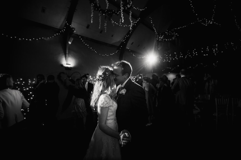 THE_OAK_BARN_DEVON_WEDDING_PHOTOGRAPHER-78.jpg
