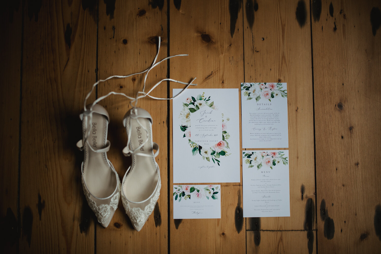 TAWSTOCK_COURT_WEDDING-3.jpg