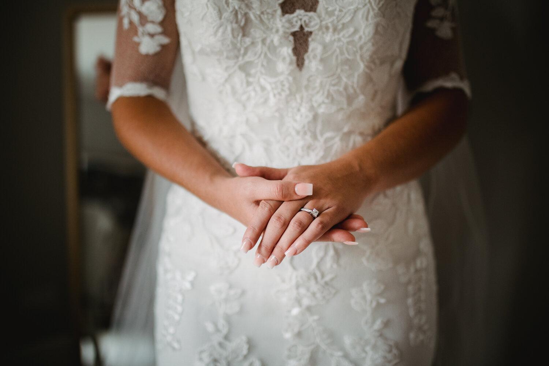 TAWSTOCK_COURT_WEDDING-17.jpg