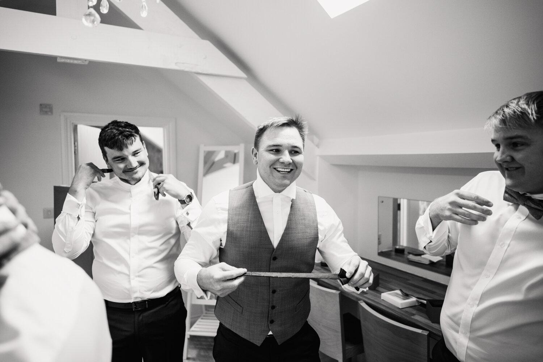 TAWSTOCK_COURT_WEDDING-18.jpg