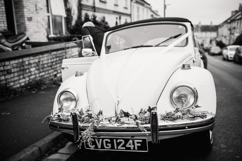 TAWSTOCK_COURT_WEDDING-22.jpg