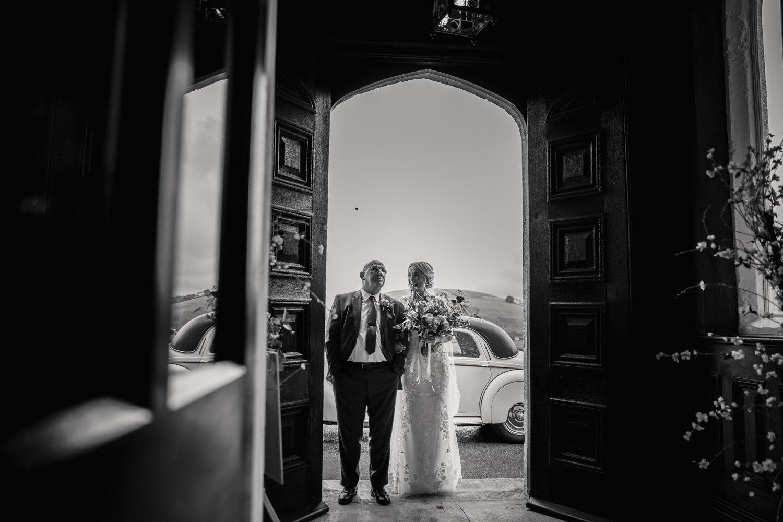 TAWSTOCK_COURT_WEDDING-26.jpg