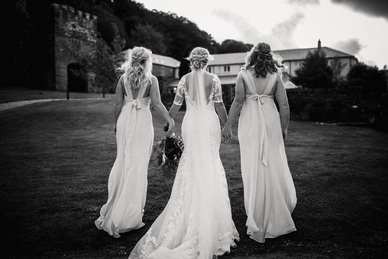 TAWSTOCK_COURT_WEDDING-89.jpg