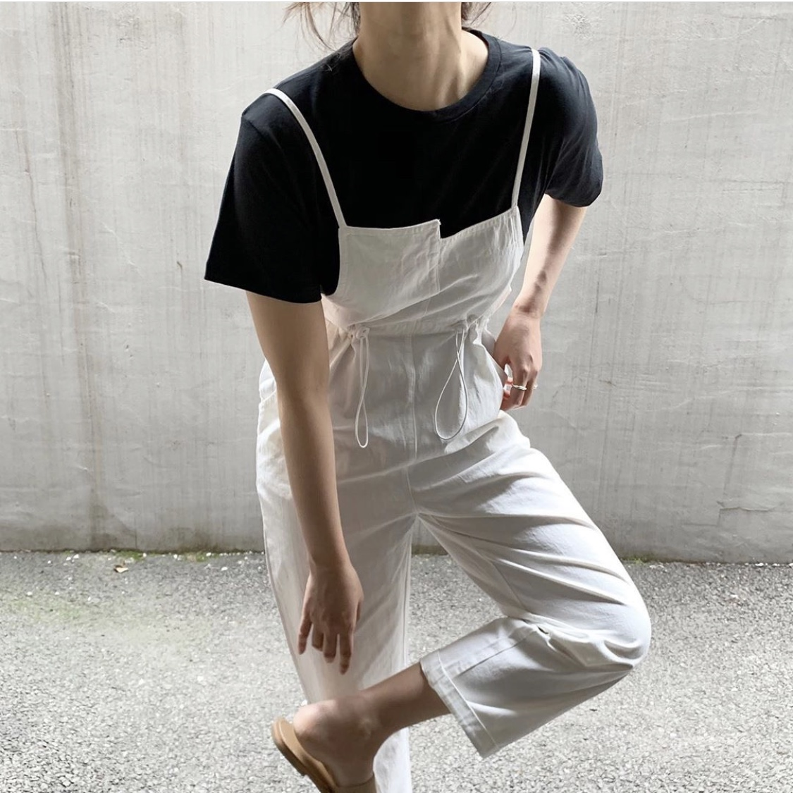 Asymmetrical lines on overalls?? dream.
