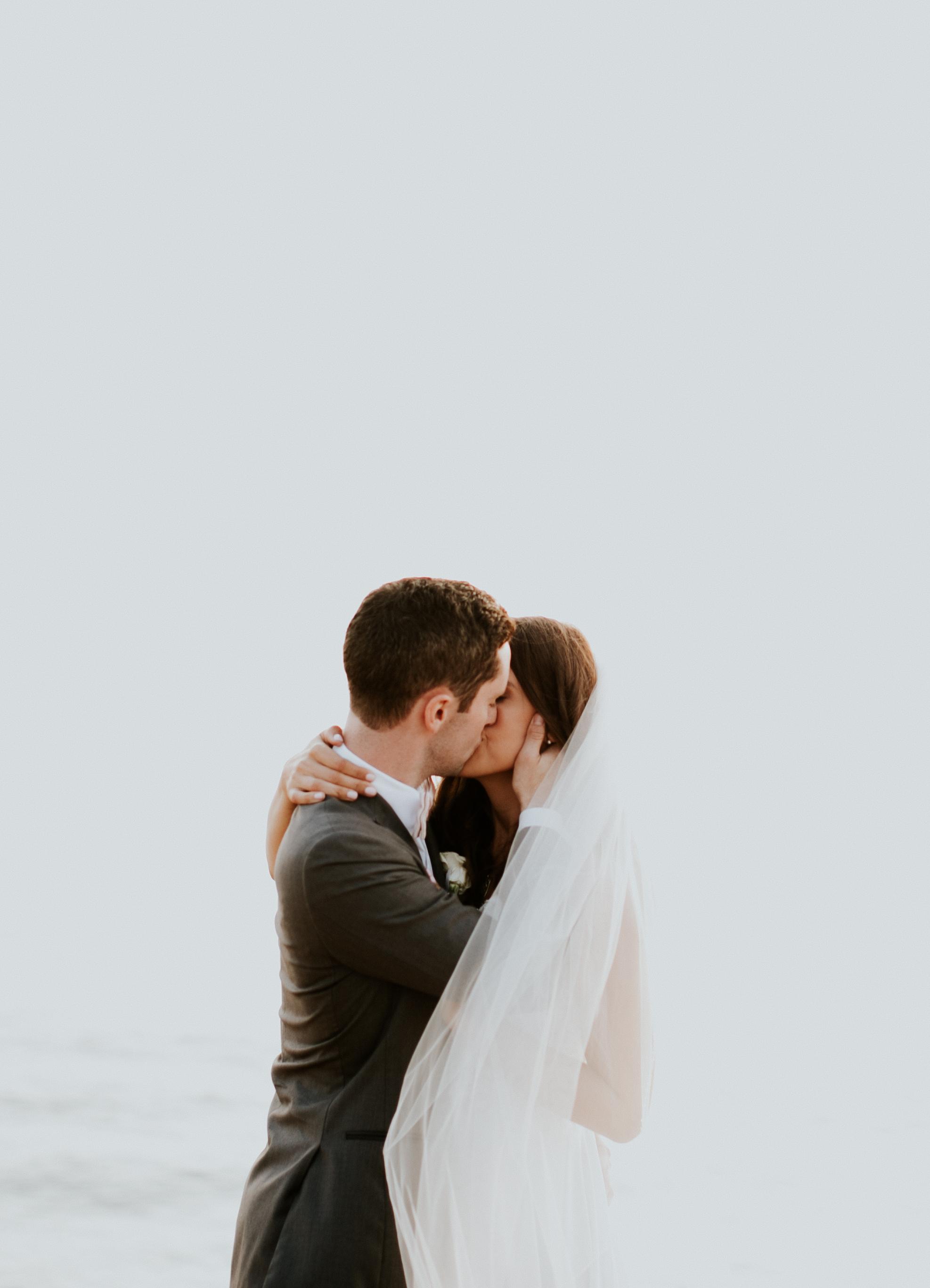 bridegroom-120.jpg