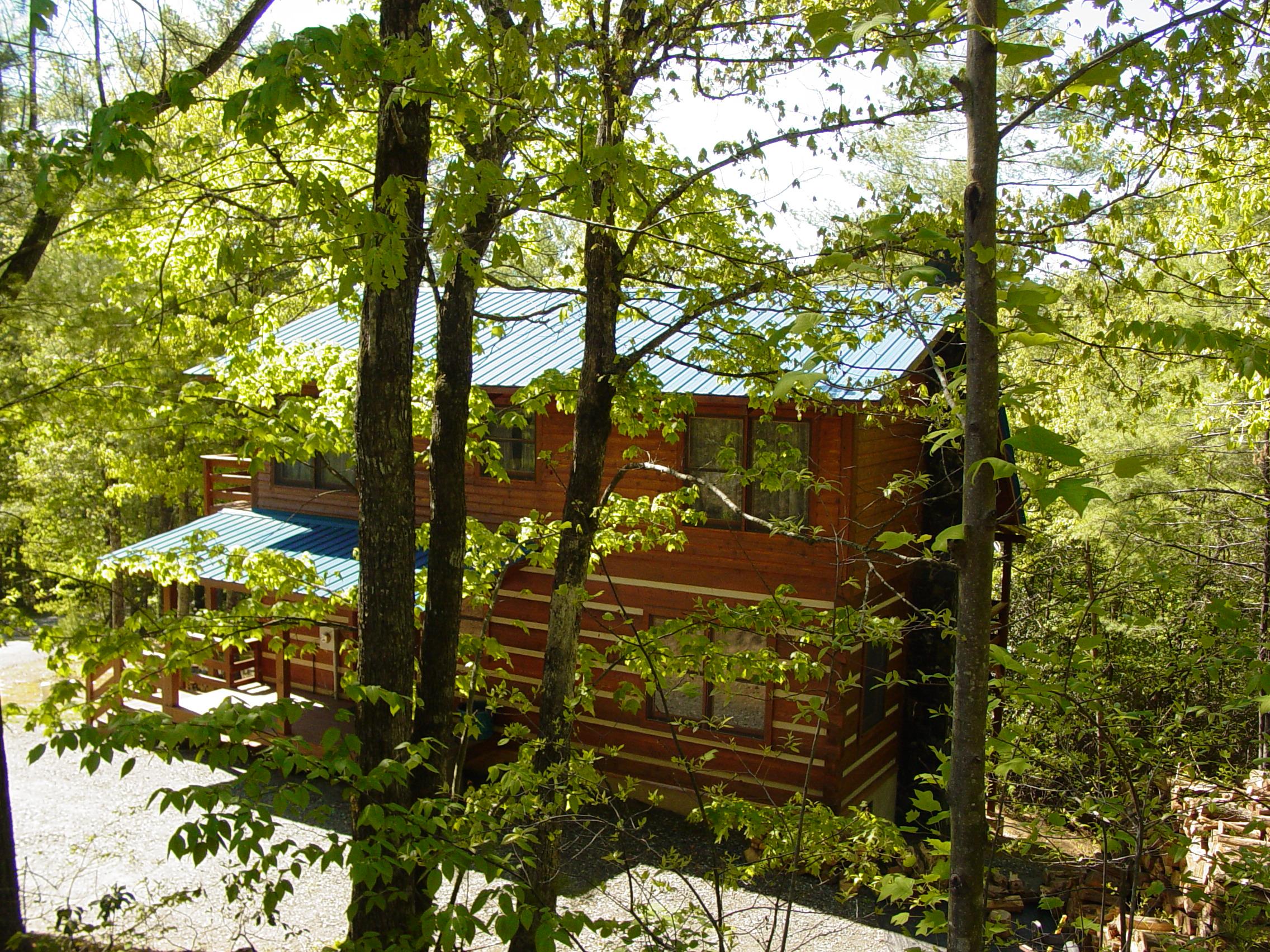 B_H Outside_05_07_07_008.jpg