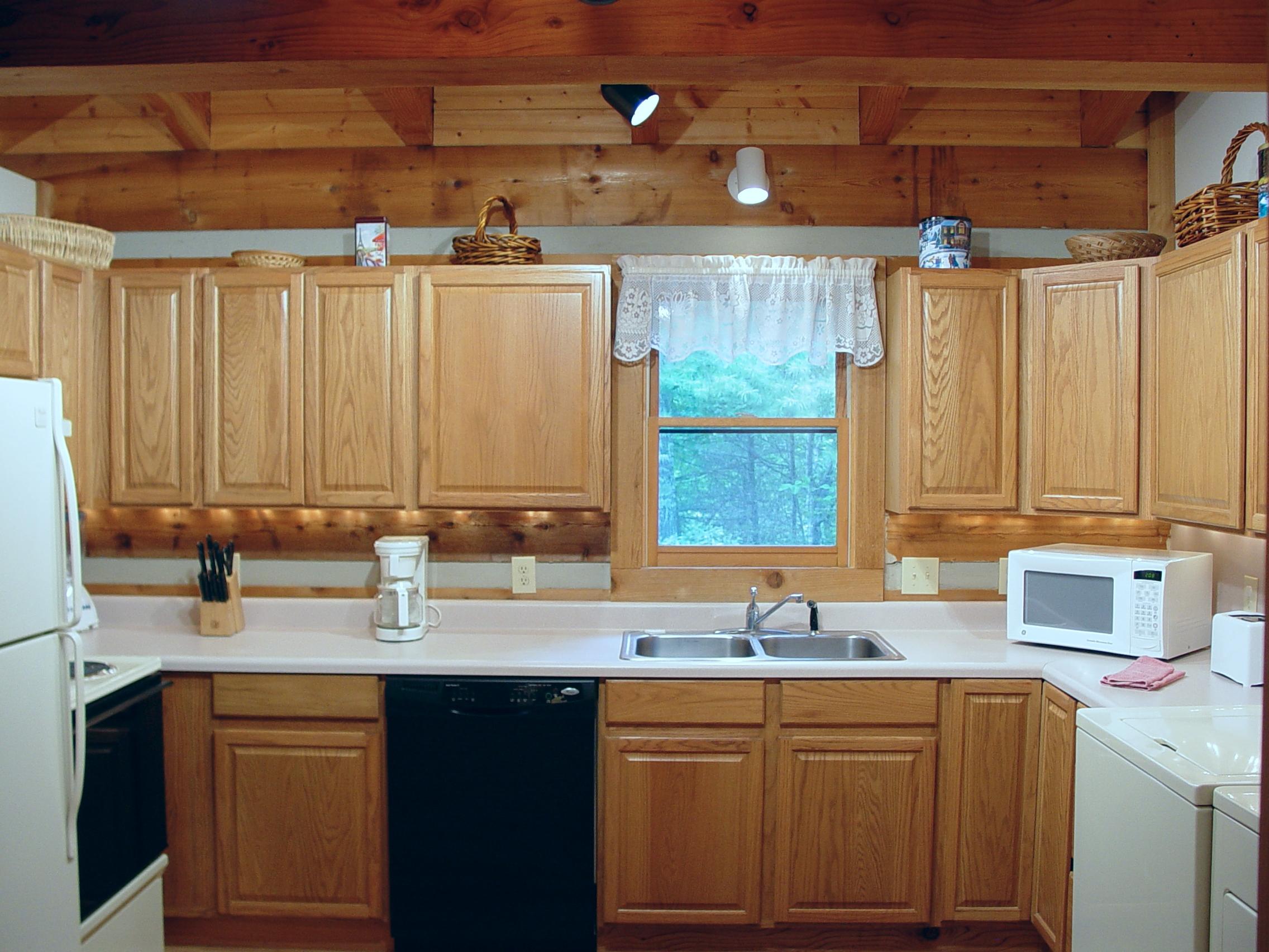 P_C_ Kitchen_09.23.05_018.jpg