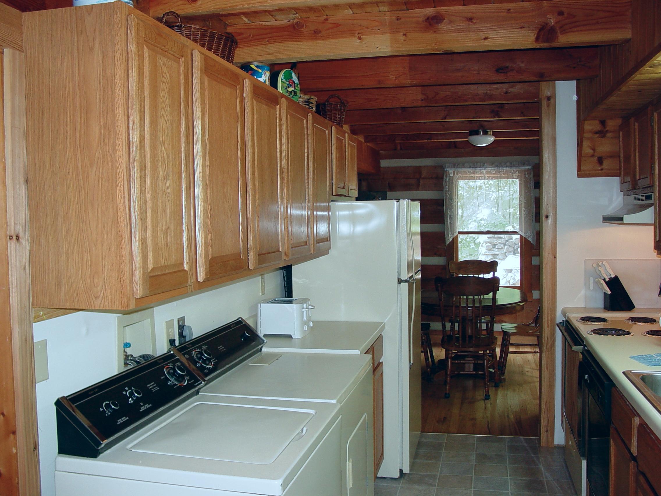 B_H_ Kitchen_08.14.05_036.jpg