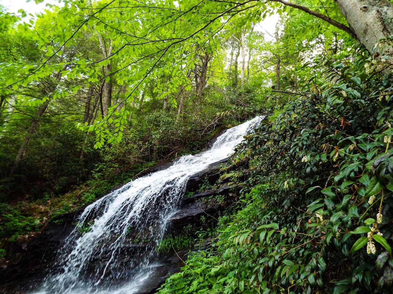 Waterfalls_73_.jpeg