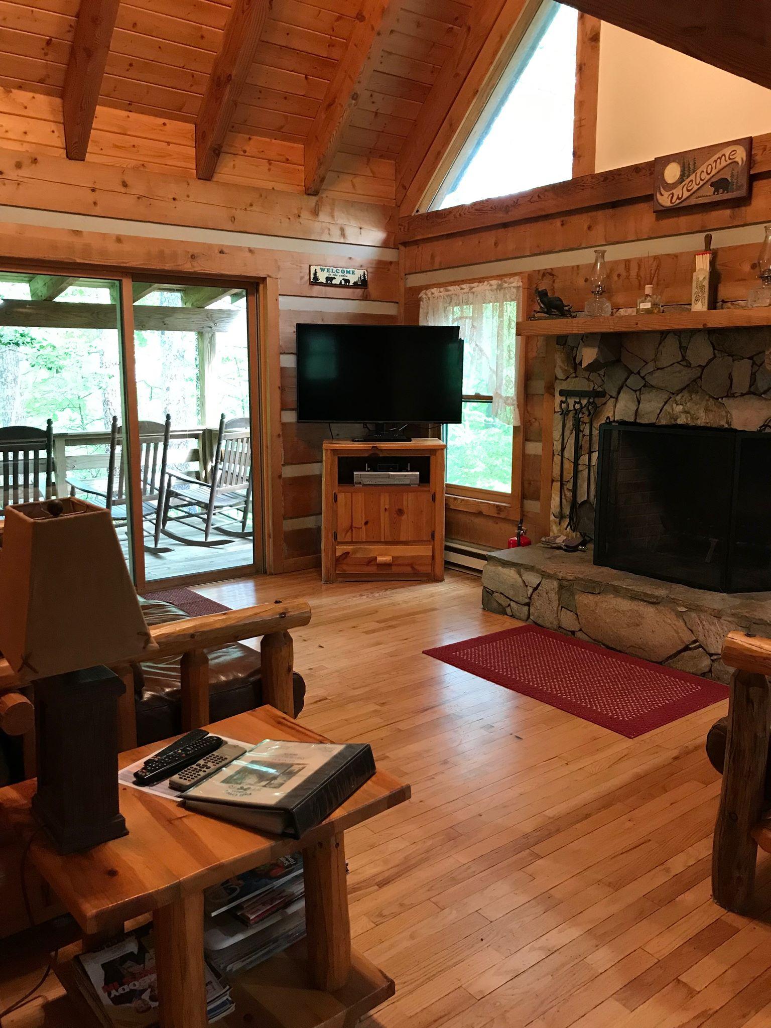 New TV_PC_Living Room 7.jpg
