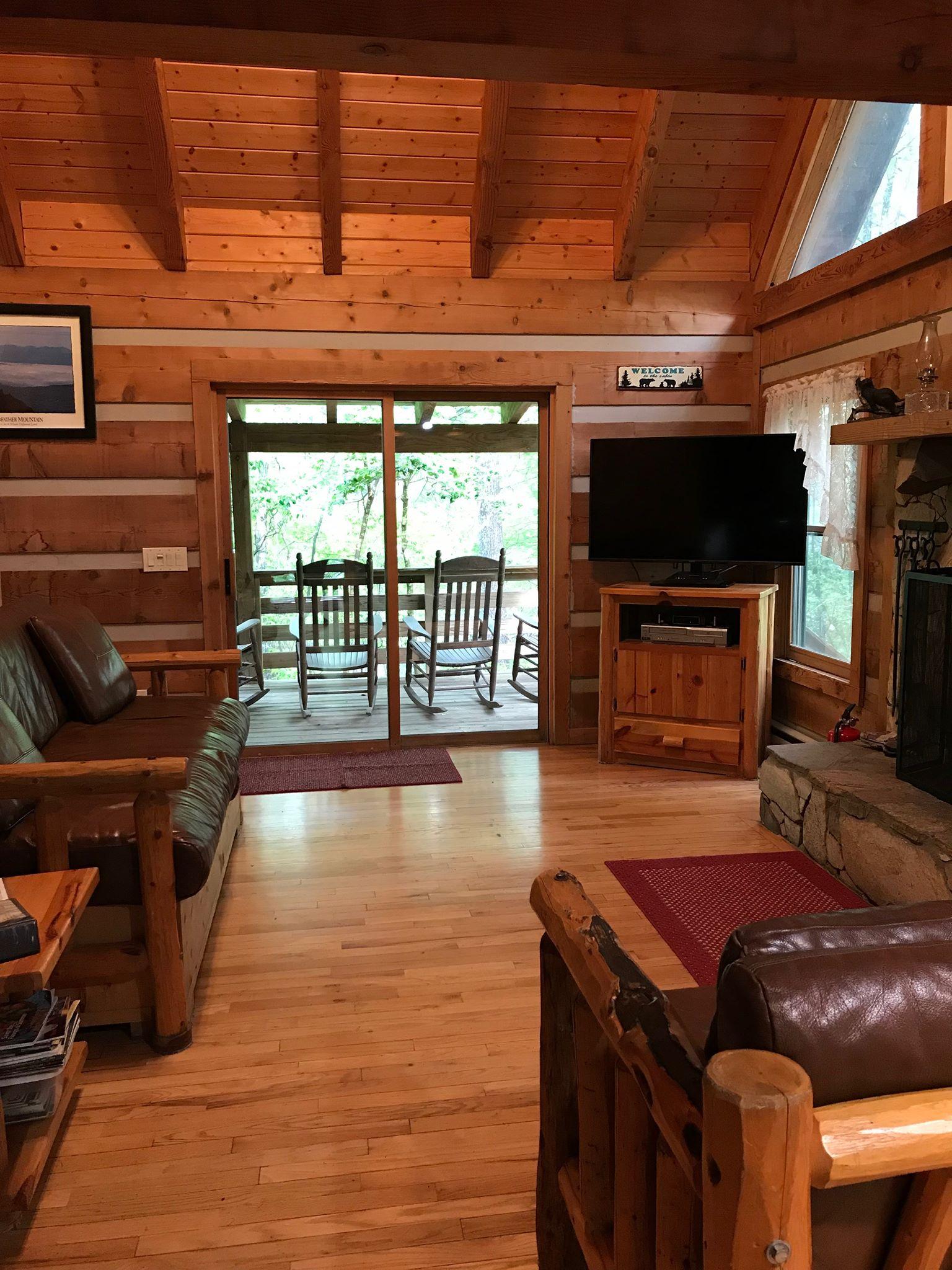 New TV_PC_Living Room 8.jpg