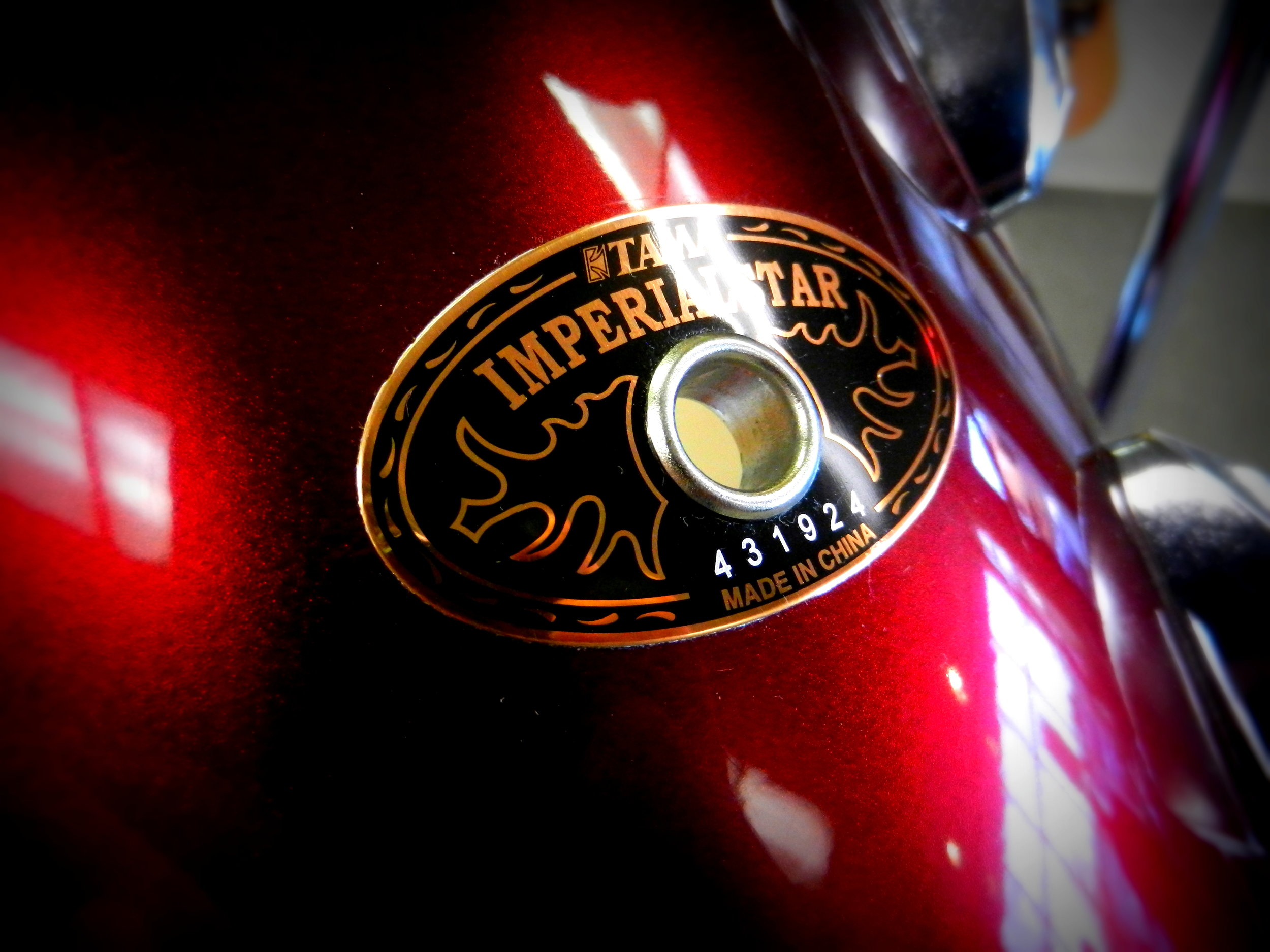 Used Tama Imperialstar Drum Set Badge.JPG