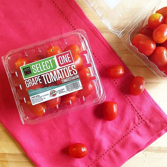 Instead of chips, try AMCO bite-sized grape tomatoes for dipping.. We love them with hummus and guacamole! 😋🍇🍅🥑 . . #grapetomatoes #healthysnacks #tasty #tomato #vegan #snacksmarter #snack #food #instafood #delicious #yummy #healthy #healthylifestyle #eatyourfruits #fruitsandroots #grapes #buylocal #freshproduce #greenhousegrown #AMCOproduce #SelectOne