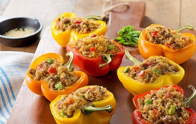 Not sure what to make for dinner? 3 words: Asian. Stuffed. Peppers. Not sure how to make them? 3 more words: Link. In. Bio. 🌶🌶🌶